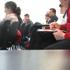 La Caixa amplía a 340 las becas para universitarios españoles